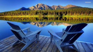 Peaceful-And-Beautiful-Wooden-Chairs